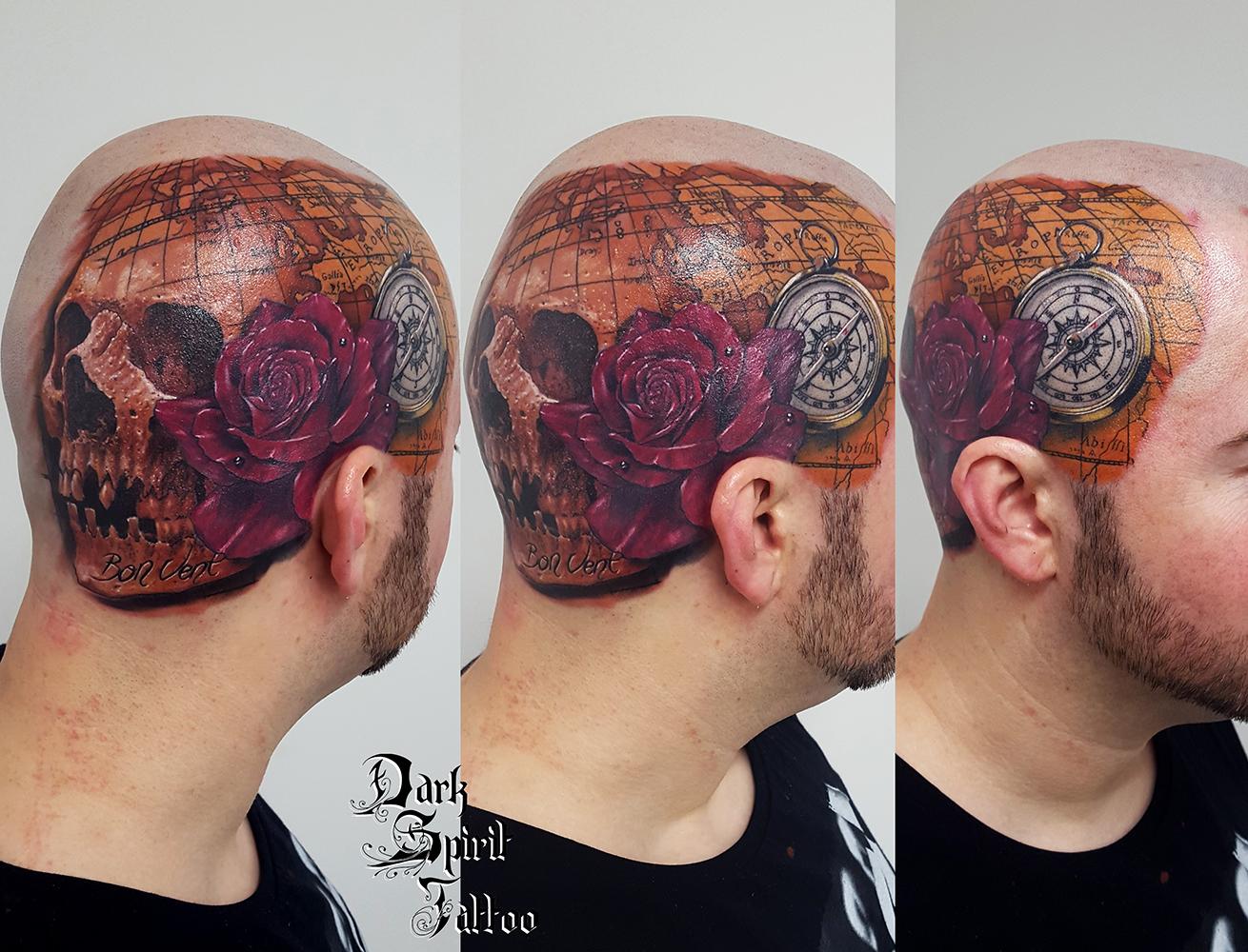 Tatoueur francais france perpignan tatouage crane sur - Tatouage boussole homme ...